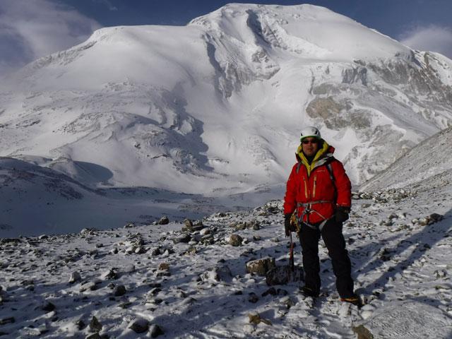 還暦記念の6000m峰登山。ネパールヒマラヤ、トロンピークにて